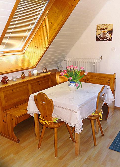 Ebenso eine gemütlche Sitzecke in der Küche.